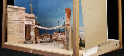 [Salammbô : Acte III, tableau 2 : la terrasse : maquette de décor en volume / Amable et Eugène Gardy], 1892 - Département Bibliothèque-musée de l'opéra, MAQ 241