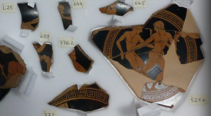 L'éclat des vases du Cabinet des médailles -2-  Dans la boîte! Le reconditionnement de la collection de fragments